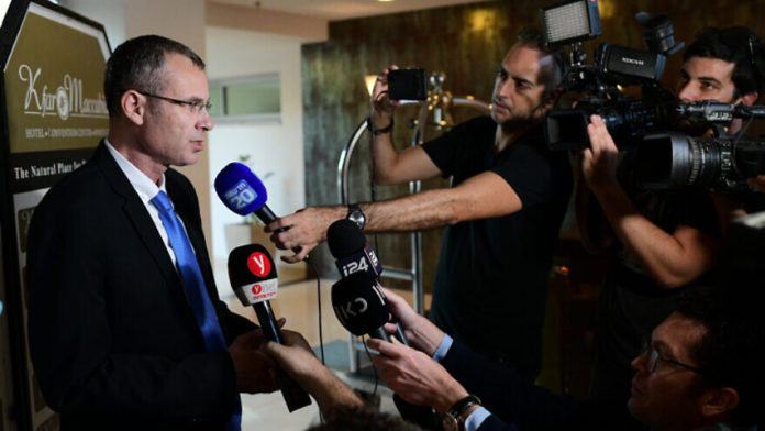 Likud, Blue And White Negotiators Meet For Coalition Talks