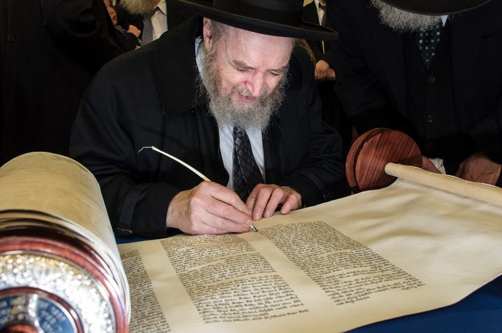 Larger Than Life – Sheloshim Of Rabbi Sheftel Neuberger 12