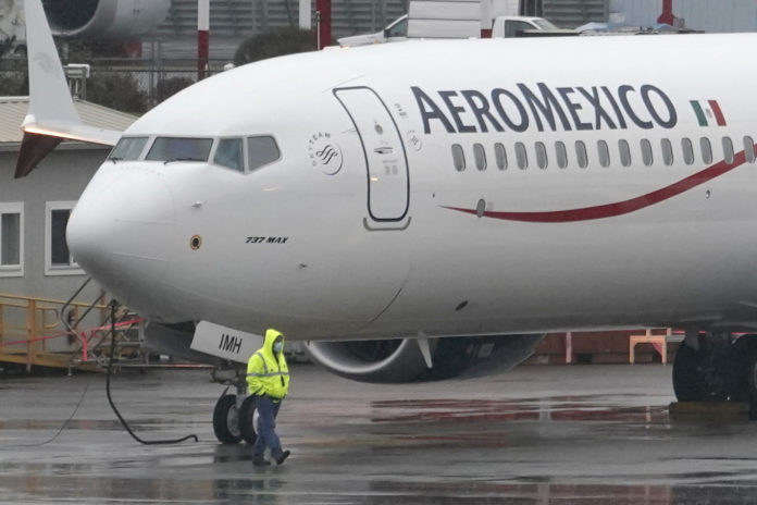 US Cuts Mexico's Aviation Safety Rating, Curbing New Flights