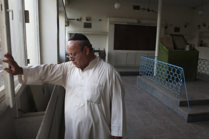 VIDEO: Afghanistan's Last Jew Leaves After Taliban Takeover