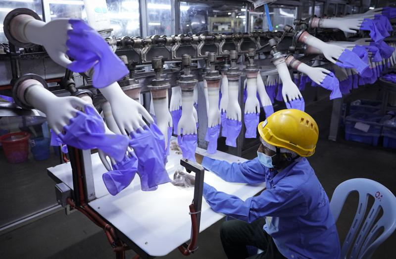 US Bars Disposable Gloves From Malaysia Over Forced Labor